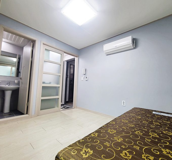 Rooms in Seoul: Affordable Long-term Stay in Popular Areas
