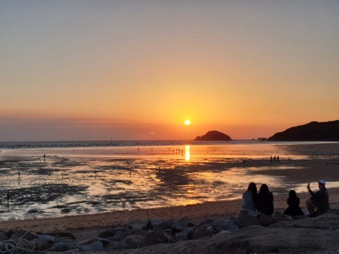 Yongyudo Beach sunset